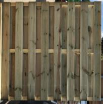 Grenen Tuinschutting recht RVS 180x180 cm. 15 planks